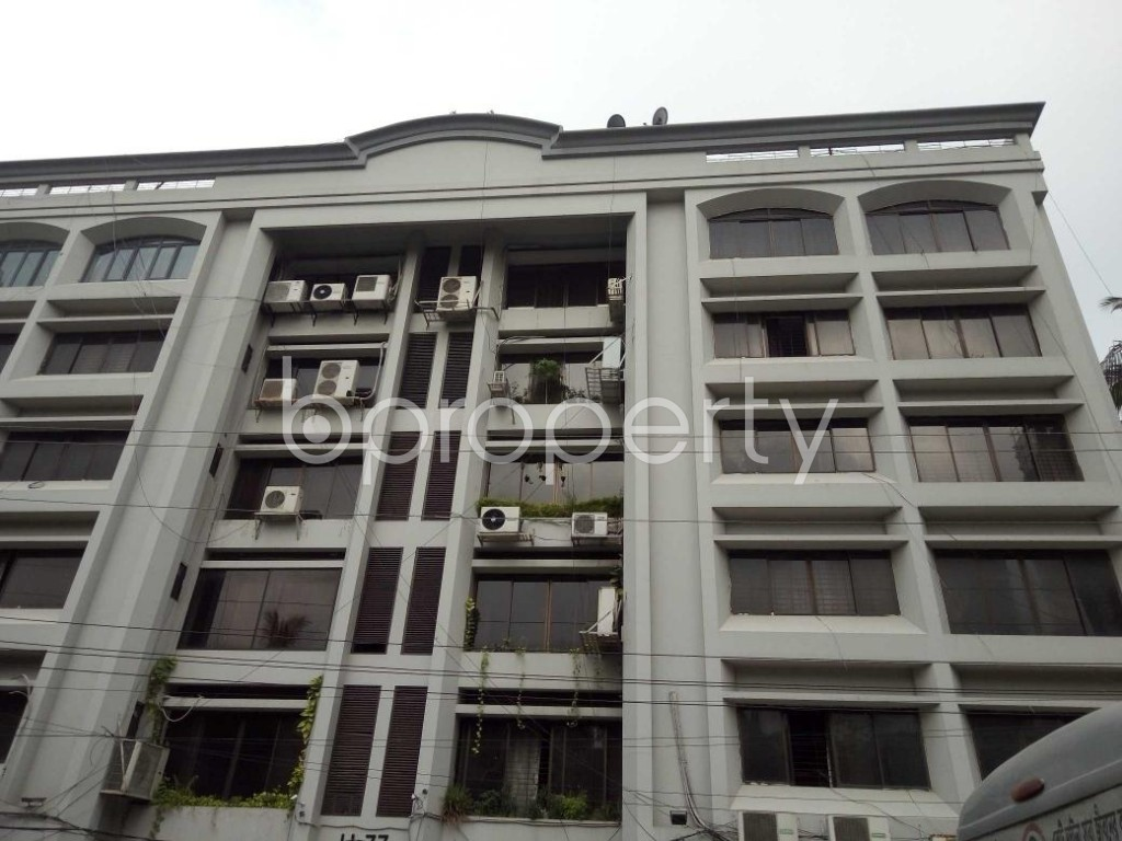 Front view - 4 Bed Apartment to Rent in Gulshan, Dhaka - 1886018