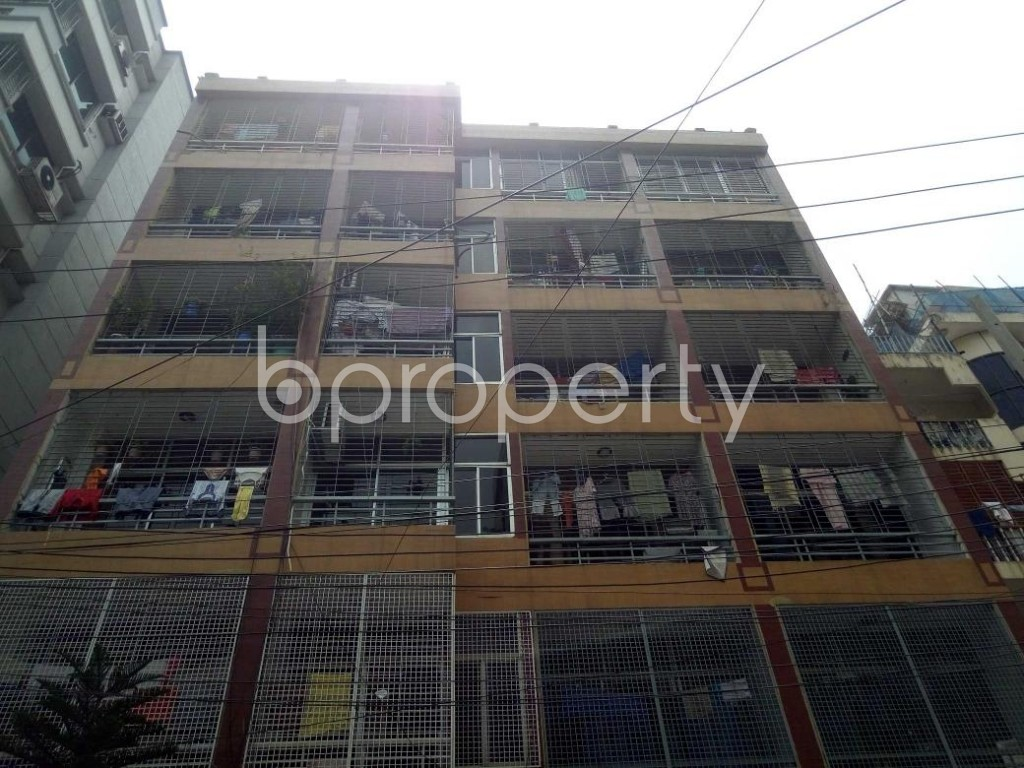 Front view - 3 Bed Apartment to Rent in Lalmatia, Dhaka - 1886242