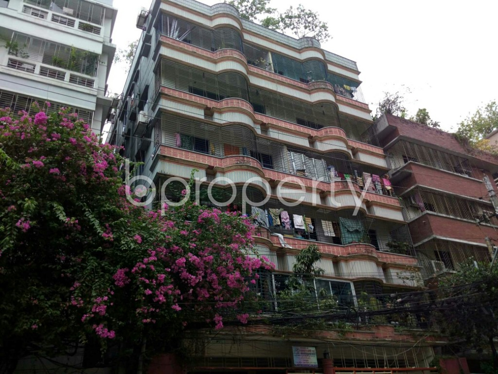 Outside view - 2 Bed Apartment to Rent in Dhanmondi, Dhaka - 1886353