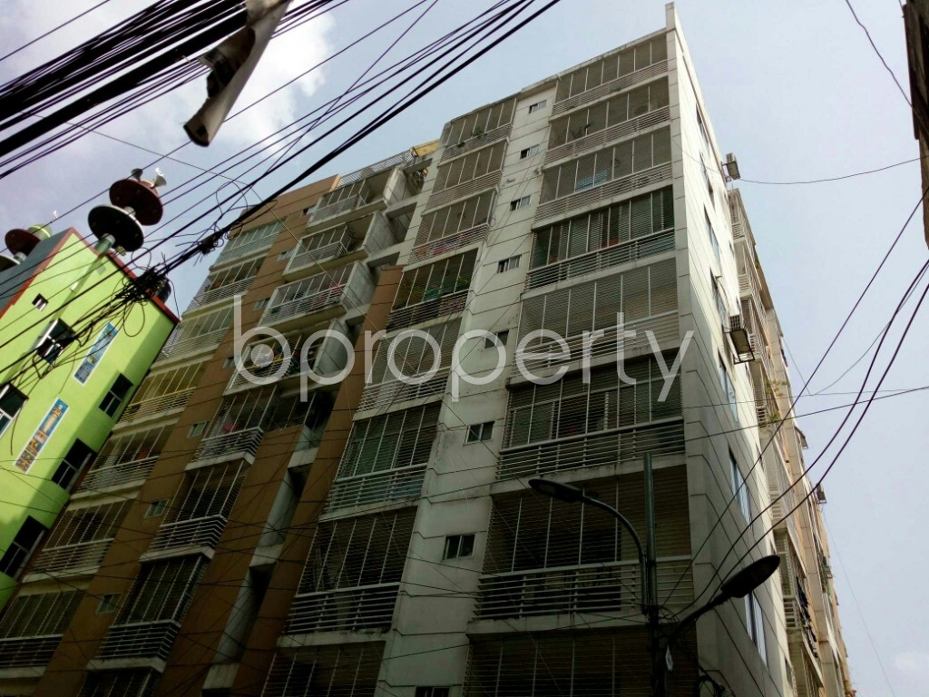 Outside view - 3 Bed Apartment to Rent in Dhanmondi, Dhaka - 1886358