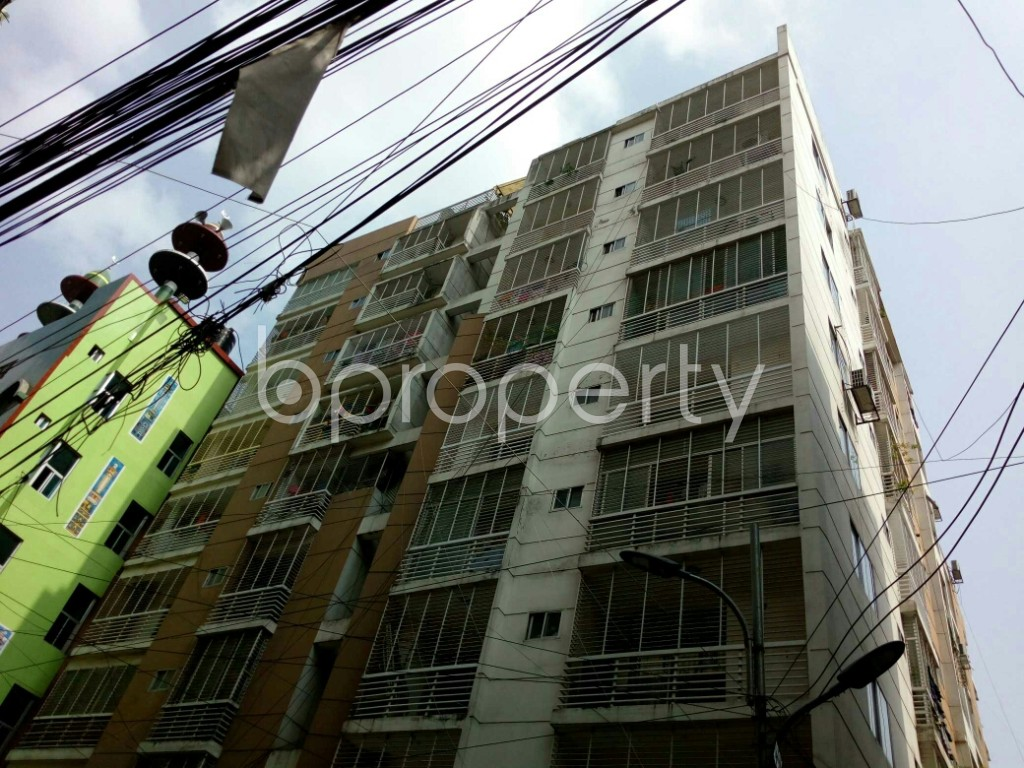 Outside view - 3 Bed Apartment to Rent in Dhanmondi, Dhaka - 1886361