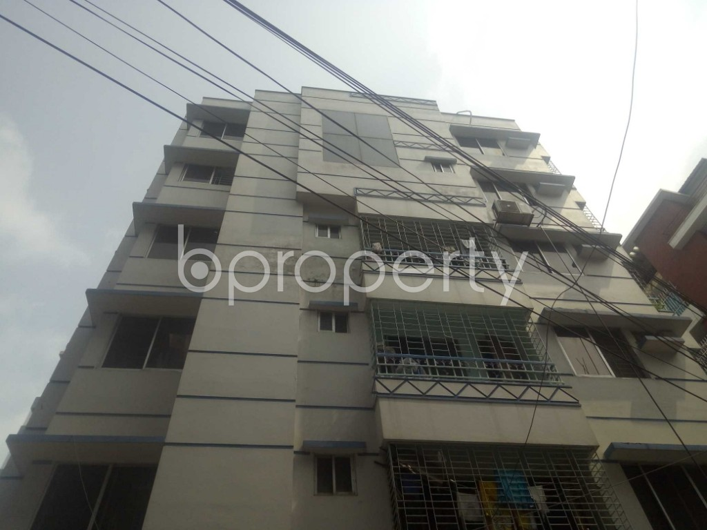 Outside view - 3 Bed Apartment to Rent in Baridhara, Dhaka - 1886508