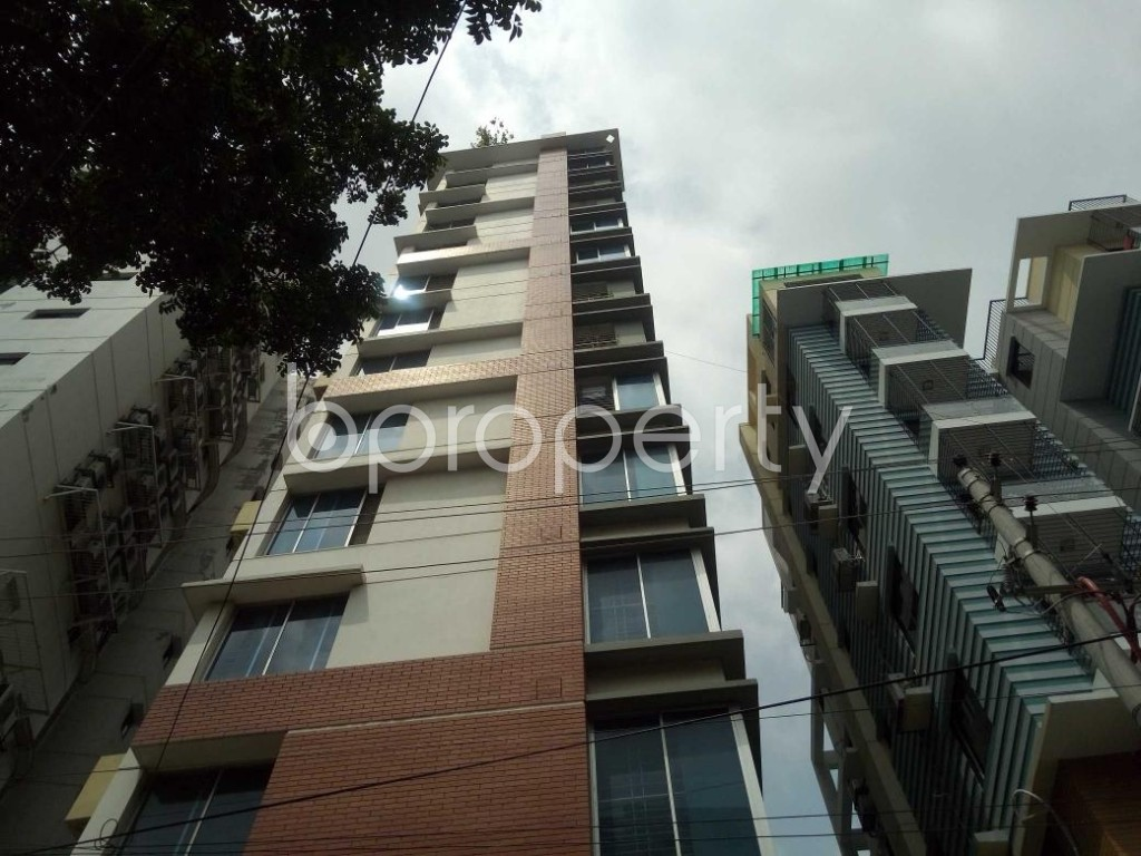 Front view - 4 Bed Apartment for Sale in Lalmatia, Dhaka - 1886549
