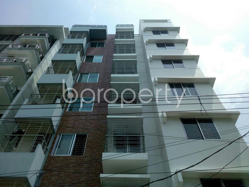 Front view - 3 Bed Apartment for Sale in Bashundhara R-A, Dhaka - 1886569