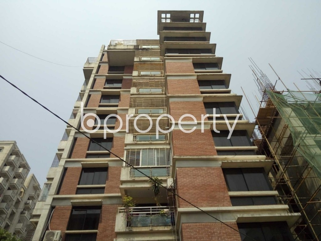 Front view - 3 Bed Apartment to Rent in Gulshan, Dhaka - 1875347