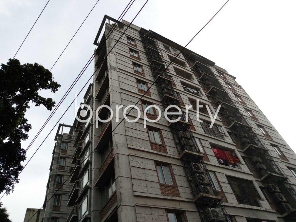 Outside view - 3 Bed Apartment to Rent in Banani, Dhaka - 1884049