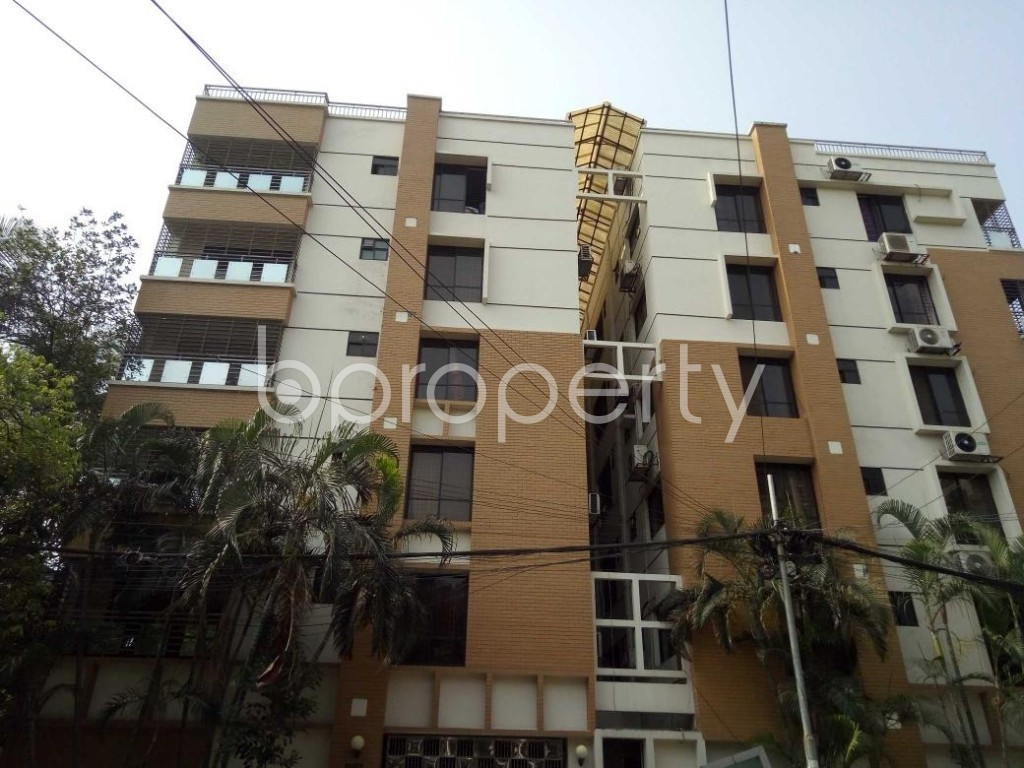 Front view - 3 Bed Apartment to Rent in Gulshan, Dhaka - 1887024