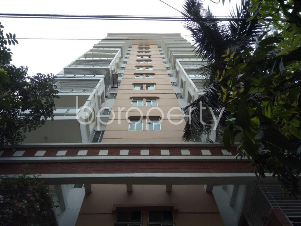 Front view - 4 Bed Apartment to Rent in Gulshan, Dhaka - 1887081