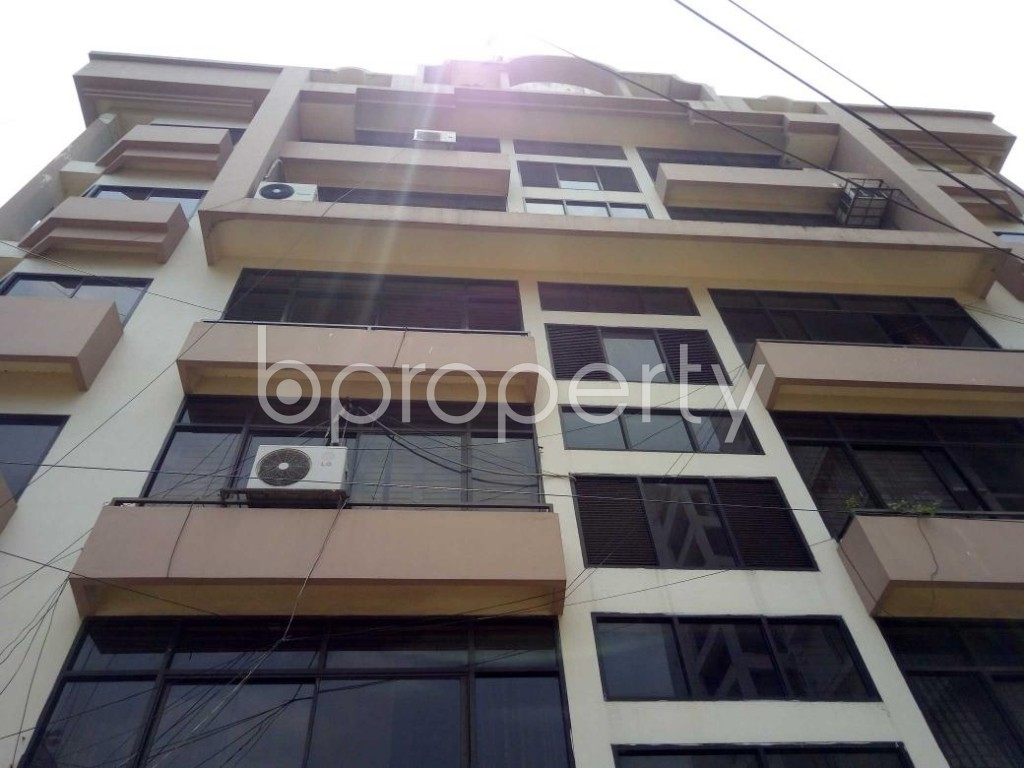 Front view - 3 Bed Apartment to Rent in Gulshan, Dhaka - 1887124