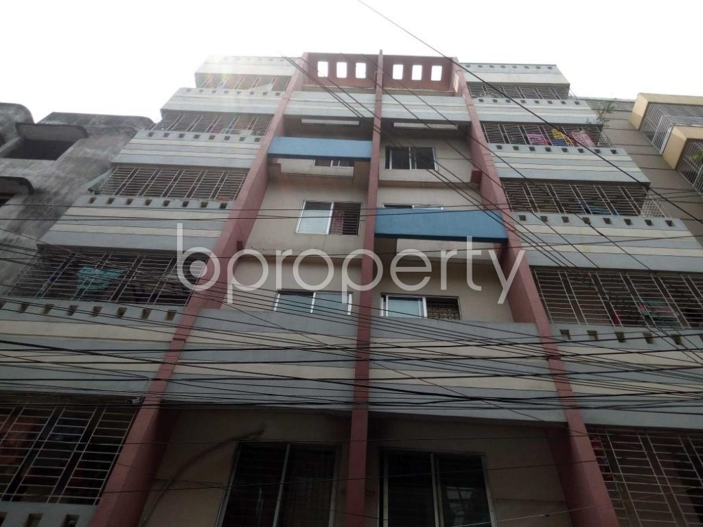 Front view - 3 Bed Apartment for Sale in Mohammadpur, Dhaka - 1883205