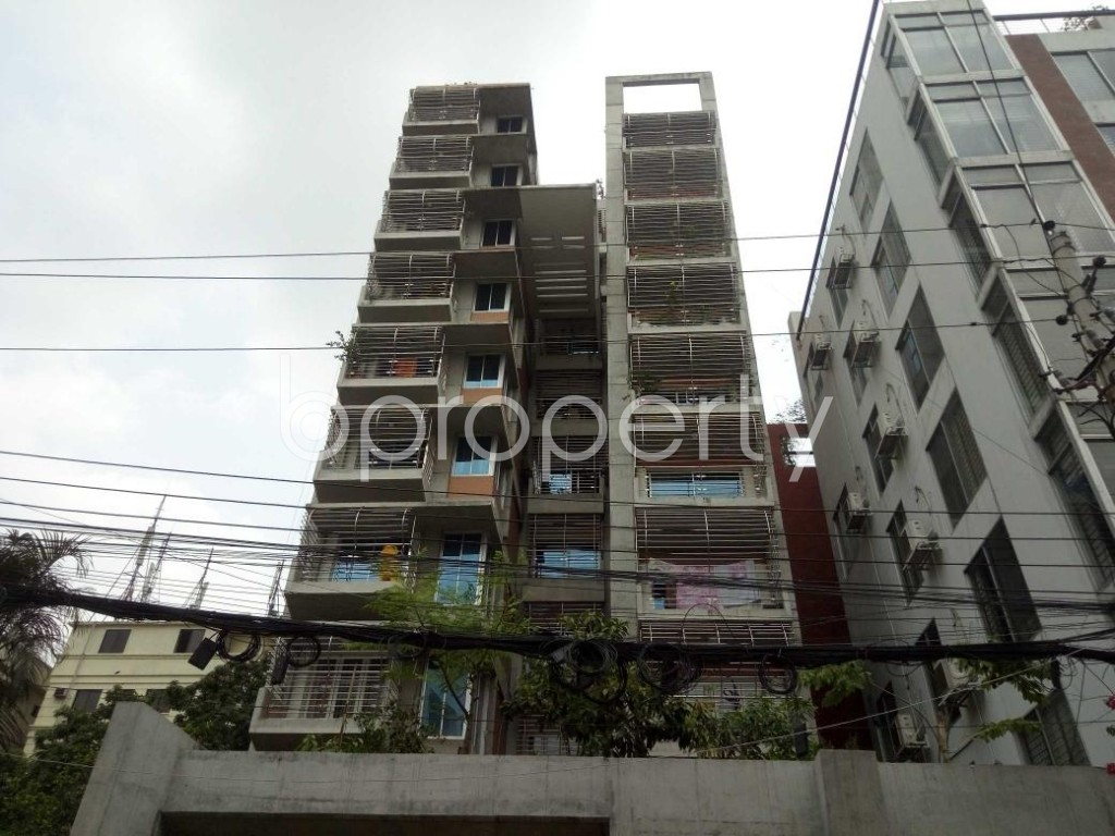 Front view - 4 Bed Apartment to Rent in Banani, Dhaka - 1887635