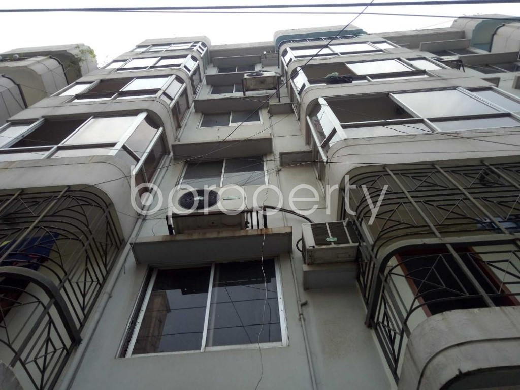 Front view - 3 Bed Apartment to Rent in Banani, Dhaka - 1887727