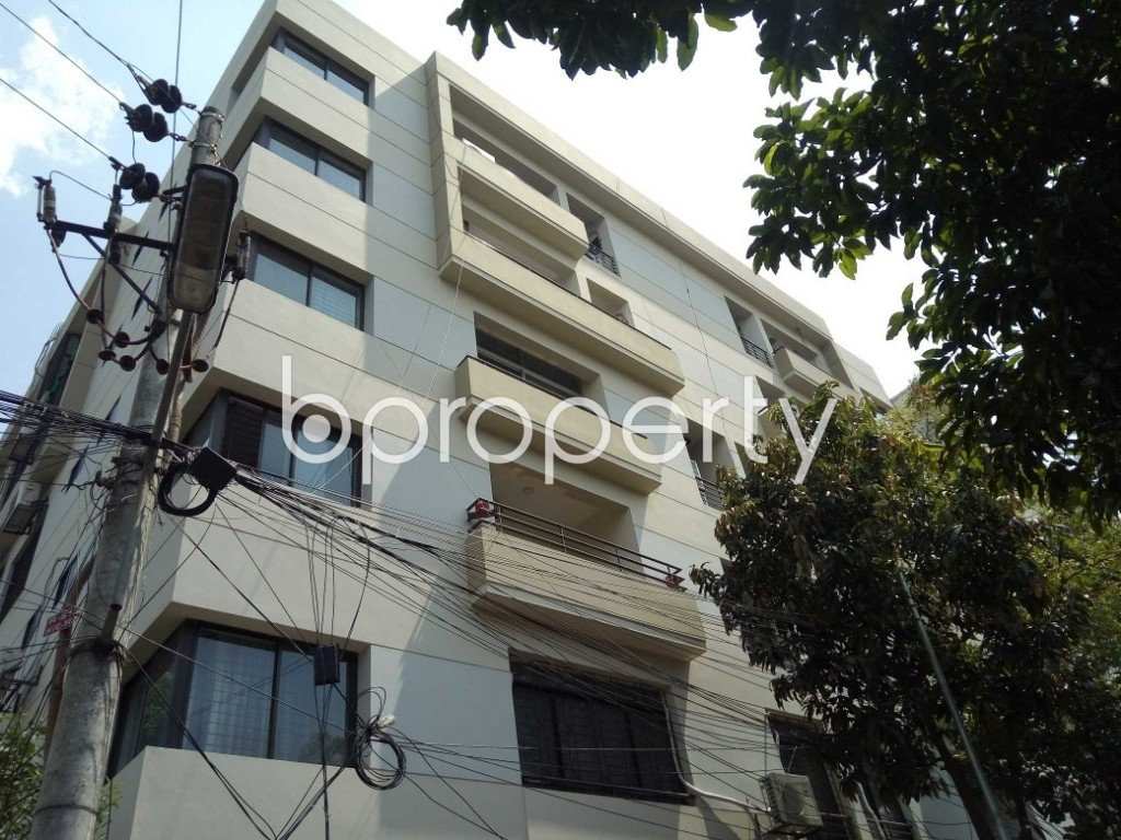 Outside view - 3 Bed Apartment to Rent in Gulshan, Dhaka - 1887812