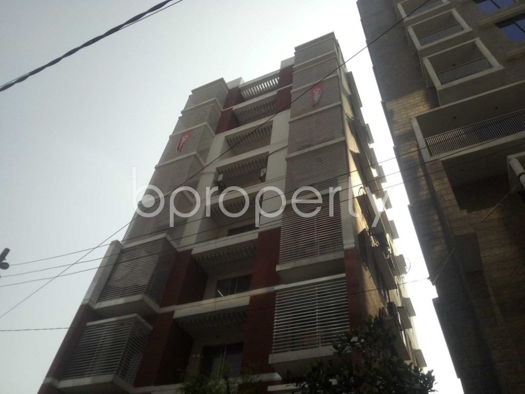 Outside view - 3 Bed Apartment to Rent in Baridhara, Dhaka - 1887923