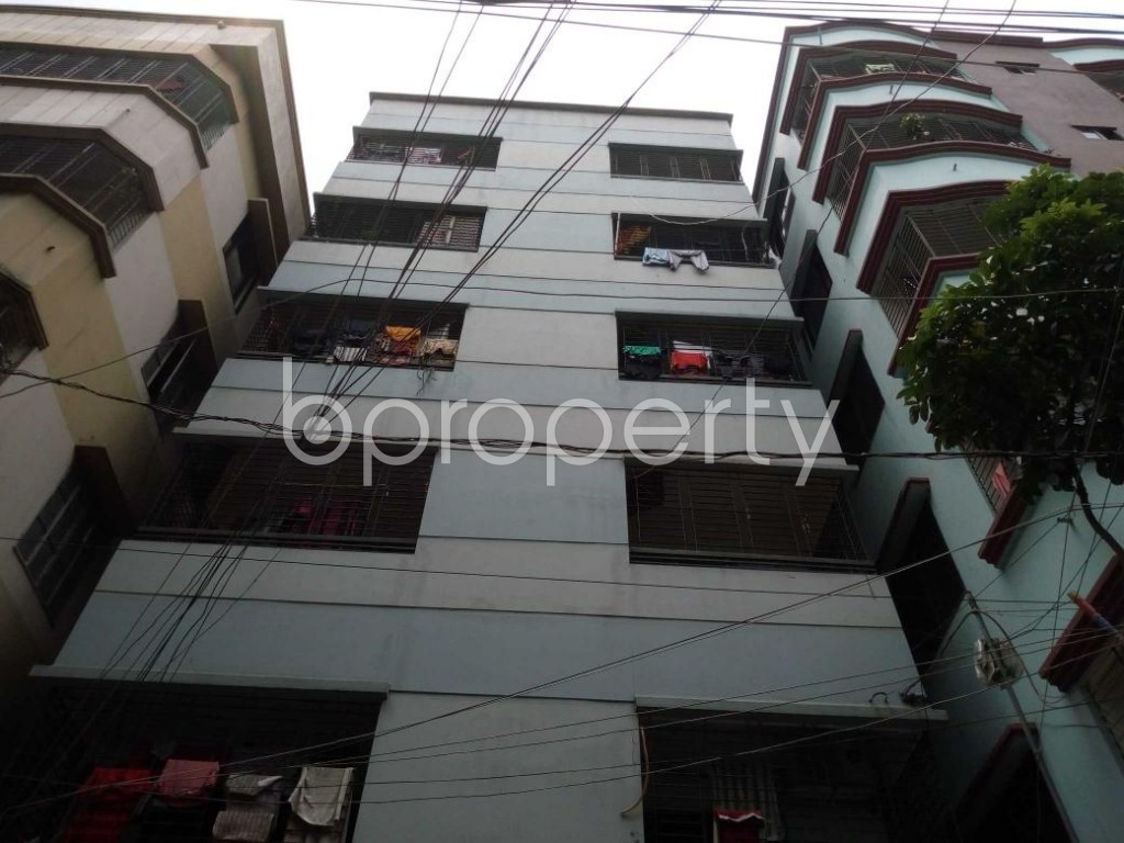 Front view - 3 Bed Apartment to Rent in Mohammadpur, Dhaka - 1887928