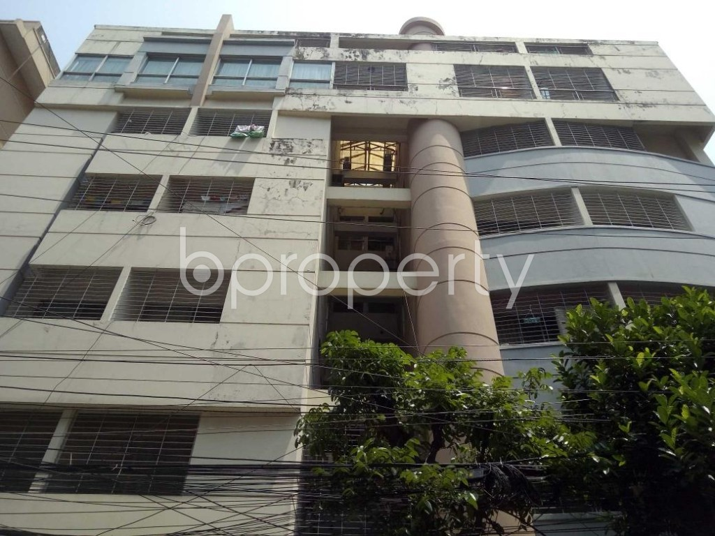 Front view - 3 Bed Apartment to Rent in Gulshan, Dhaka - 1887974