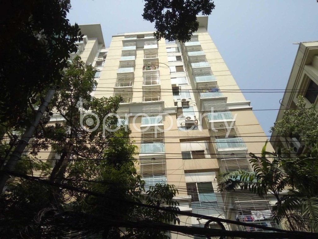 Front view - 4 Bed Apartment for Sale in Gulshan, Dhaka - 1888004