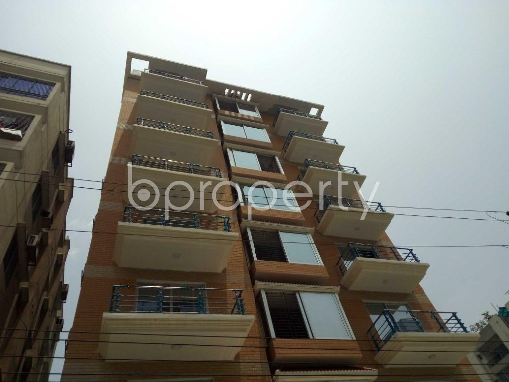 Front view - 4 Bed Apartment to Rent in Bashundhara R-A, Dhaka - 1888075