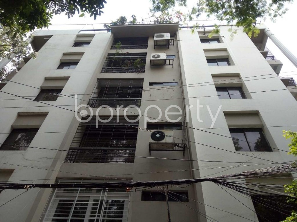 Front view - 2 Bed Apartment to Rent in Gulshan, Dhaka - 1888111