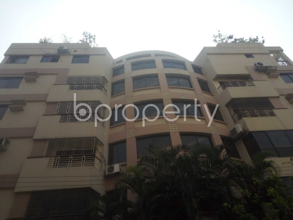 Front view - 3 Bed Apartment to Rent in Baridhara, Dhaka - 1888460