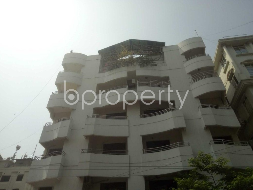 Front view - 3 Bed Apartment to Rent in Baridhara, Dhaka - 1888492