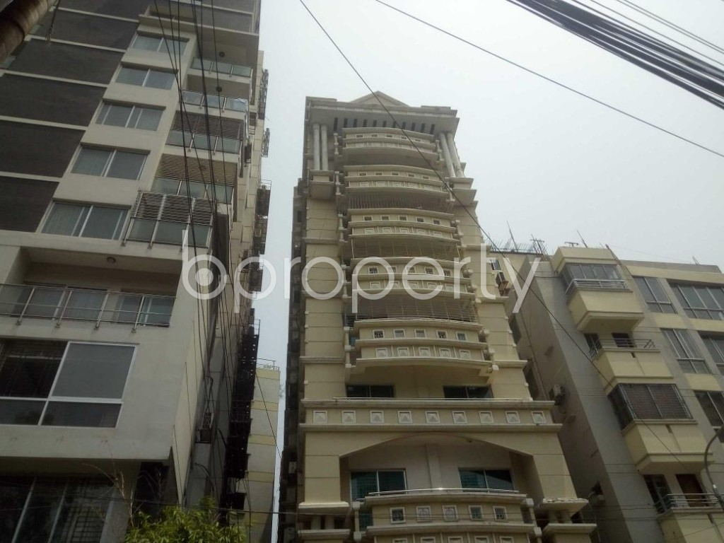 Front view - 3 Bed Apartment to Rent in Baridhara, Dhaka - 1888546