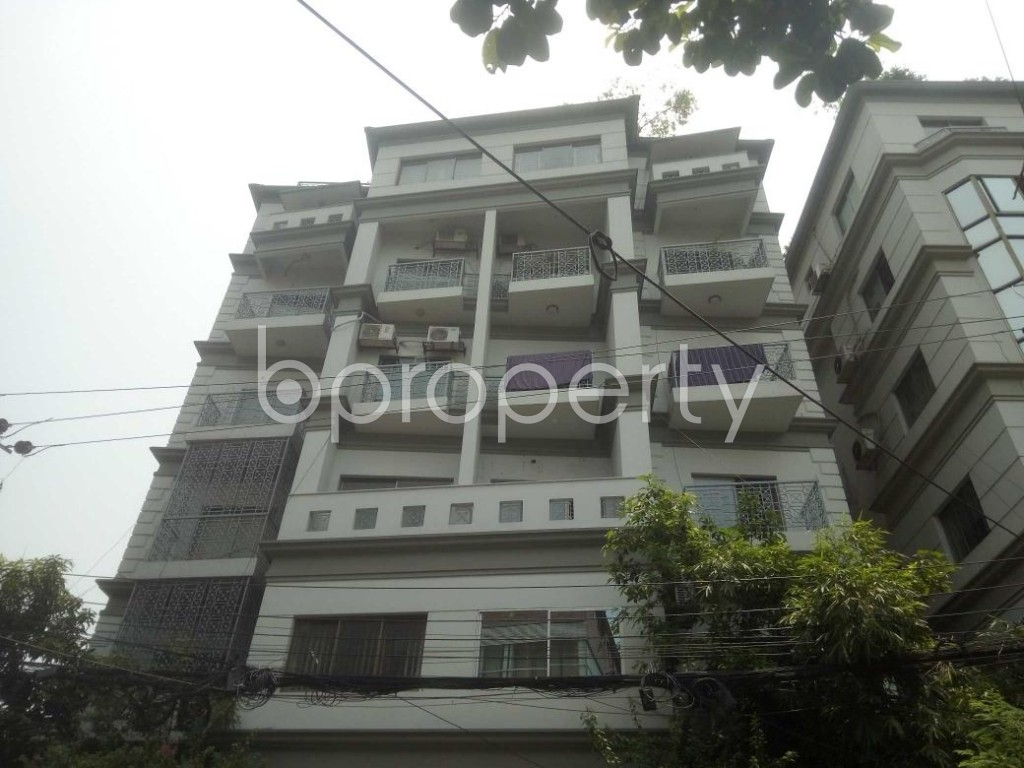 Front view - 3 Bed Apartment to Rent in Baridhara, Dhaka - 1888564