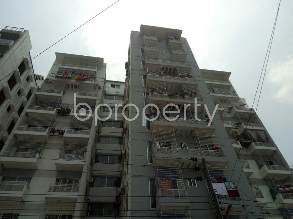 Front view - 3 Bed Apartment for Sale in Bashundhara R-A, Dhaka - 1888576