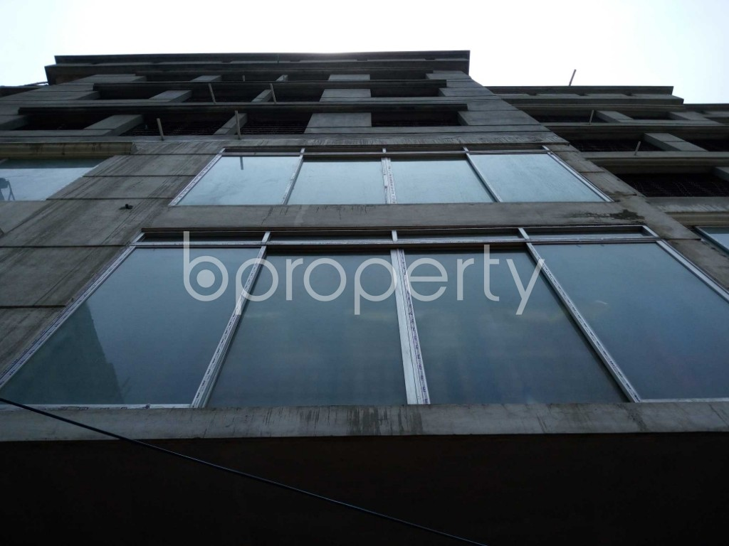 Front view - 3 Bed Apartment to Rent in Mirpur, Dhaka - 1888867