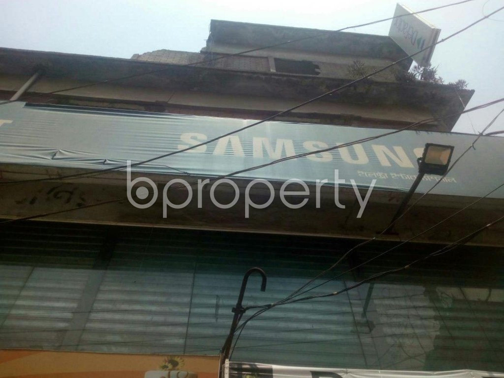 Outside view - Shop to Rent in Rampura, Dhaka - 1888891