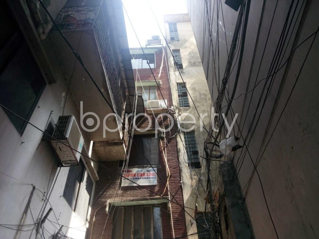 Front view - Office to Rent in Shantinagar, Dhaka - 1889003