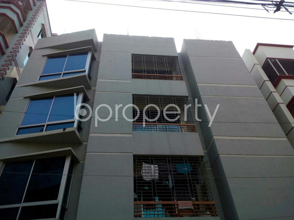 Front view - 5 Bed Duplex to Rent in Mirpur, Dhaka - 1889035