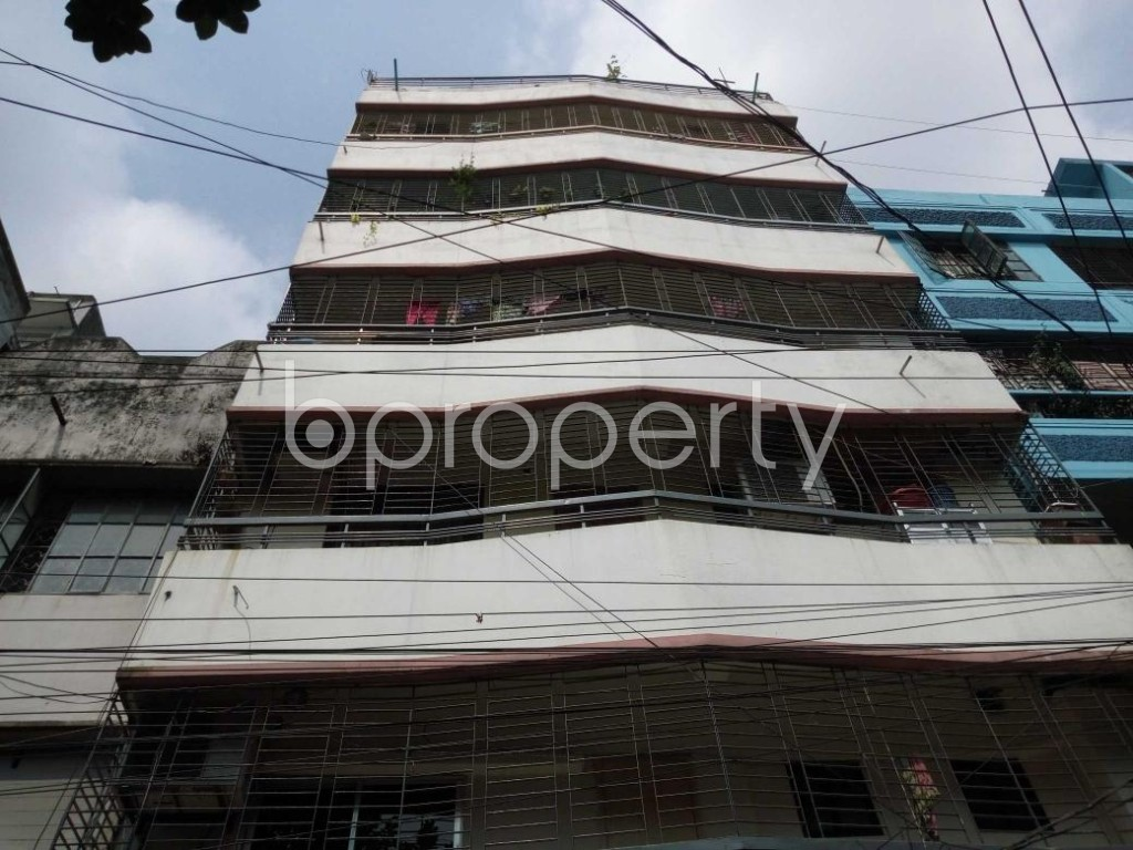 Front view - 3 Bed Apartment to Rent in Mohammadpur, Dhaka - 1889049