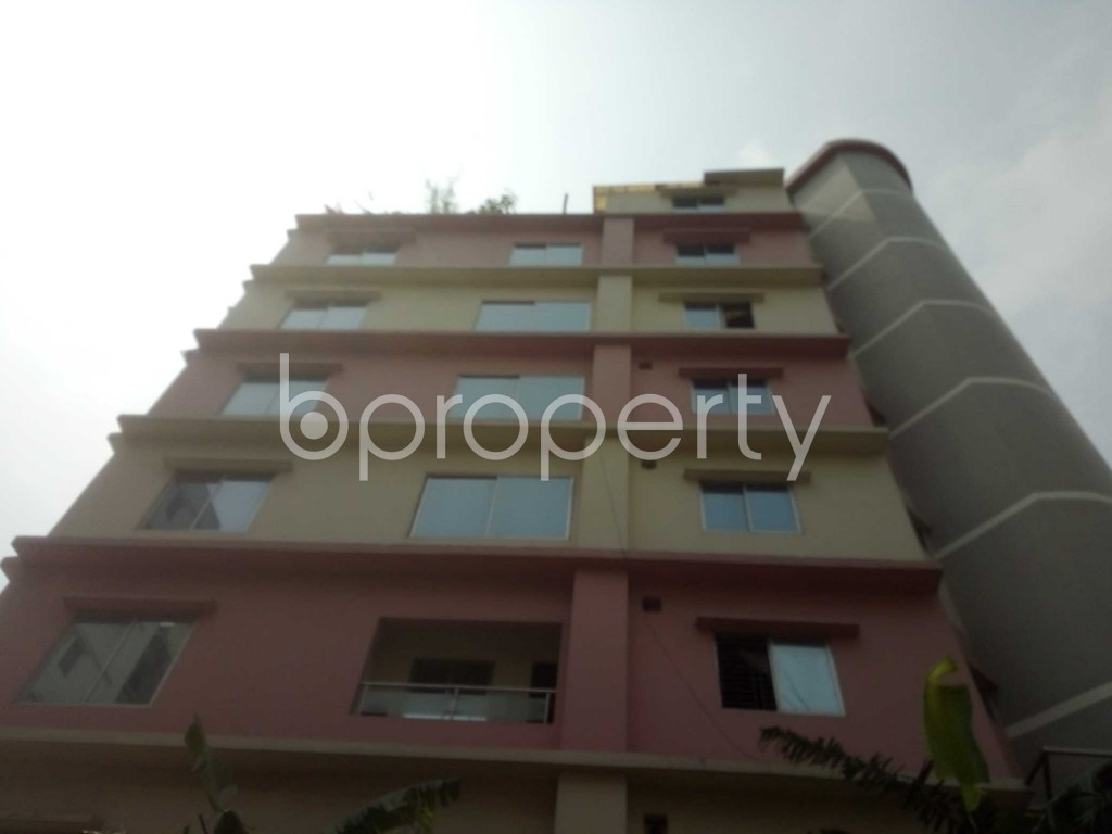 Outside view - 3 Bed Apartment to Rent in Baridhara, Dhaka - 1889070