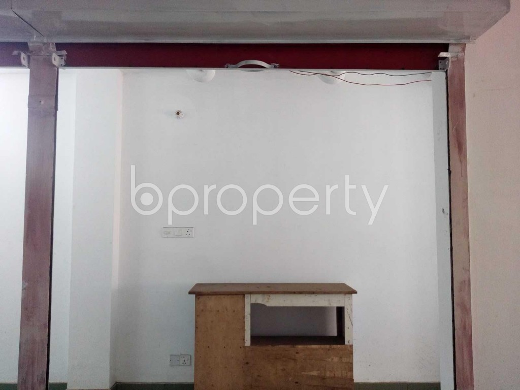 Front view - Shop to Rent in Kuril , Dhaka - 1889094