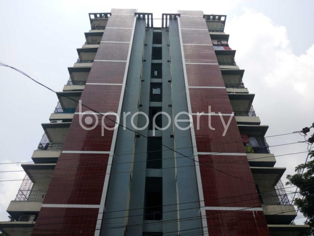 Front view - 3 Bed Apartment to Rent in Mohammadpur, Dhaka - 1889112
