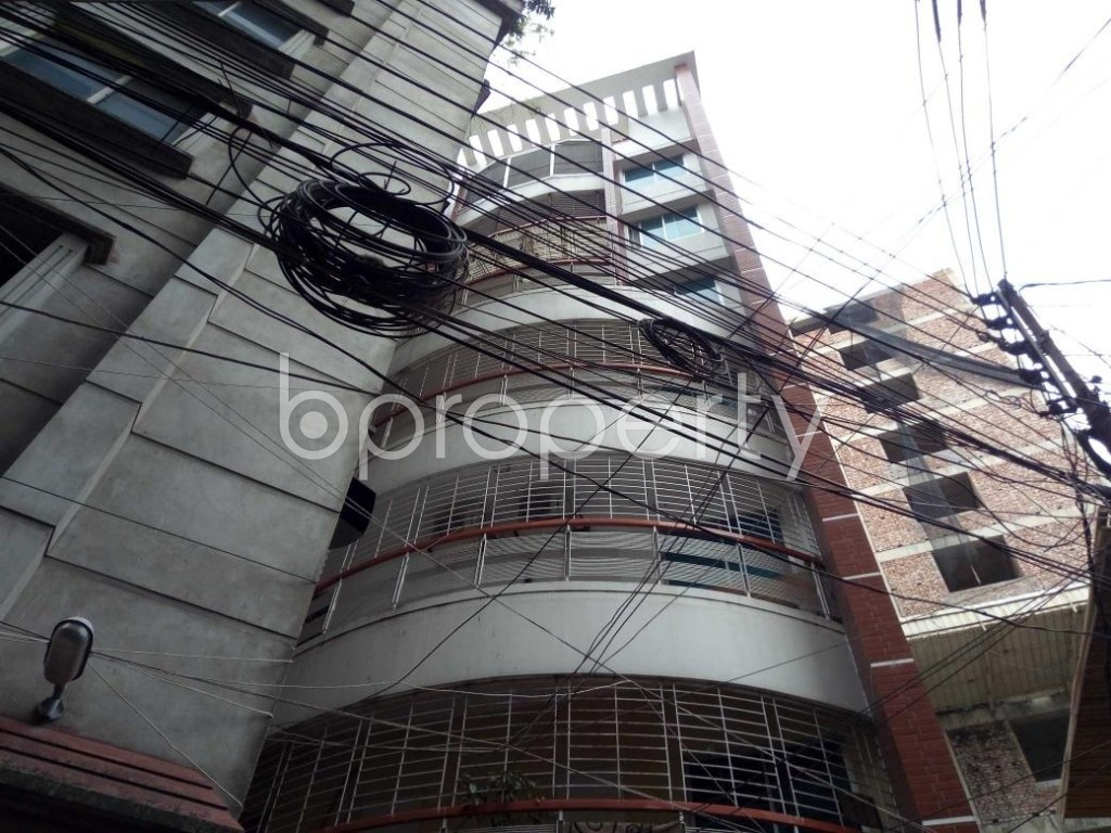 Front view - 2 Bed Apartment to Rent in Bashundhara R-A, Dhaka - 1889162