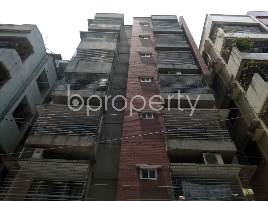 Front view - 3 Bed Apartment for Sale in Mohammadpur, Dhaka - 1887785