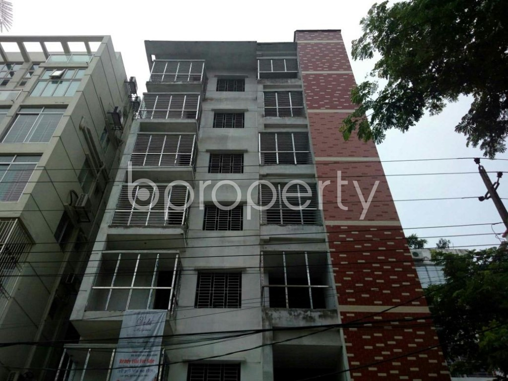 Front view - 3 Bed Apartment for Sale in Bashundhara R-A, Dhaka - 1889548