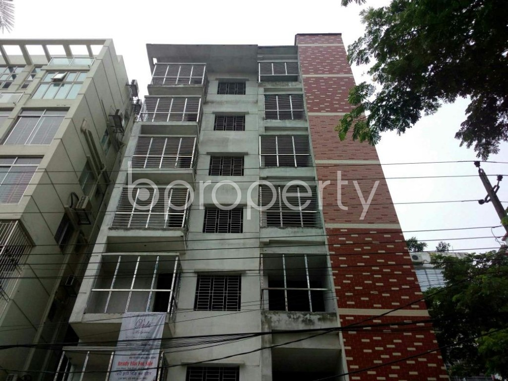 Front view - 3 Bed Apartment for Sale in Bashundhara R-A, Dhaka - 1889554