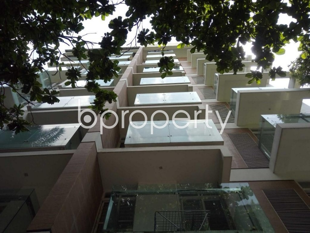 Front view - 3 Bed Apartment for Sale in Banani, Dhaka - 1889807
