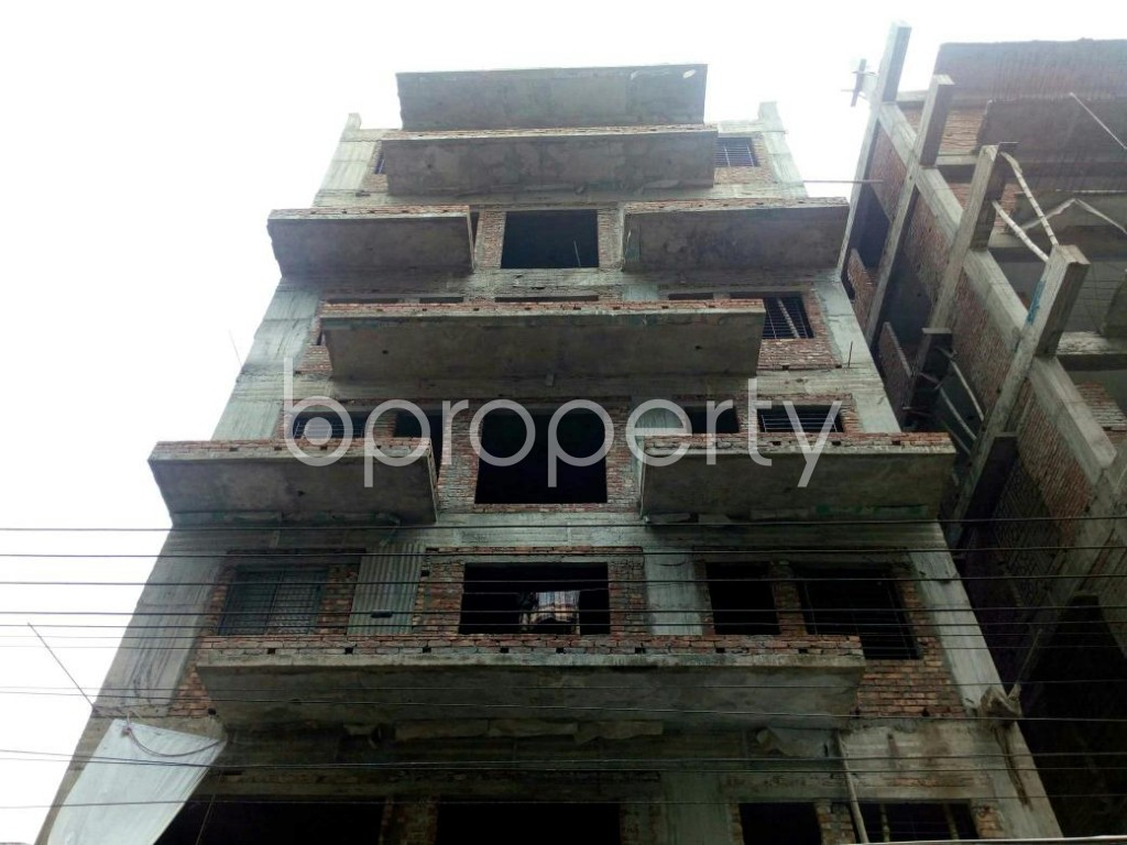 Front view - 3 Bed Apartment for Sale in Bashundhara R-A, Dhaka - 1890090