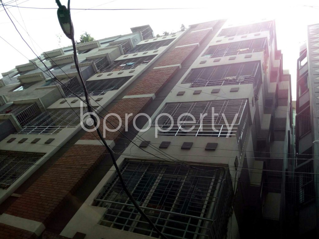 Outside view - 3 Bed Apartment to Rent in Dhanmondi, Dhaka - 1890201
