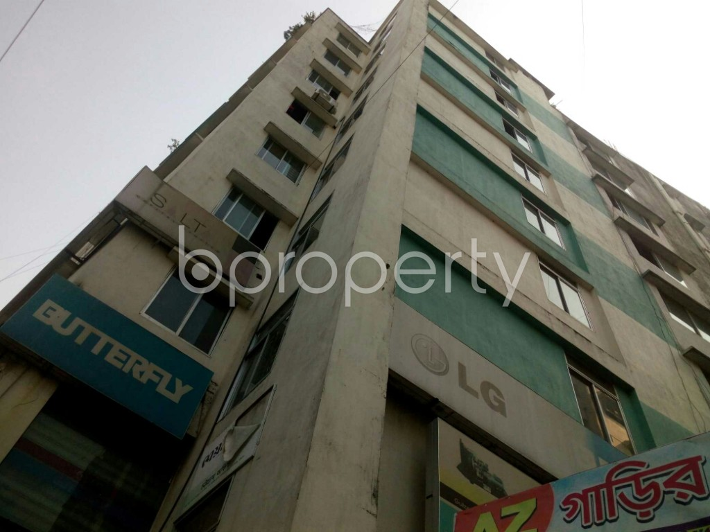 Outside view - 3 Bed Apartment for Sale in 16 No. Chawk Bazaar Ward, Chattogram - 1890283