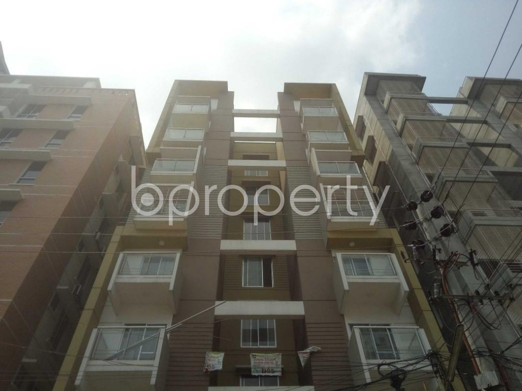 Front view - 3 Bed Apartment to Rent in Baridhara, Dhaka - 1890628
