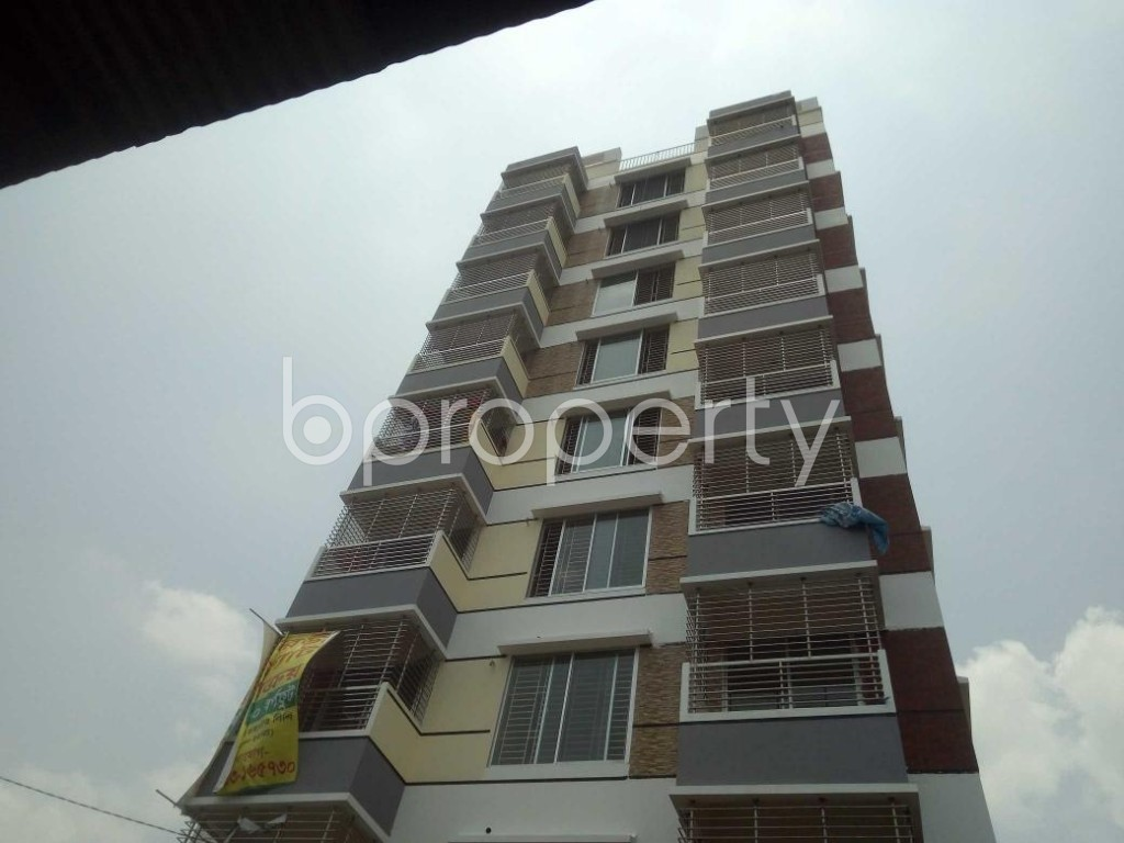 Front view - 3 Bed Apartment for Sale in Baridhara, Dhaka - 1890705