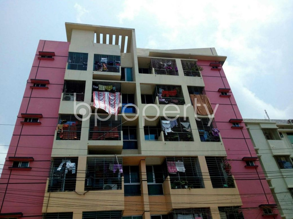 Front view - 3 Bed Apartment for Sale in Double Mooring, Chattogram - 1890943