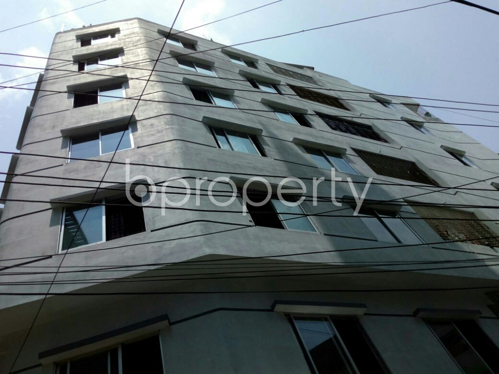 Outside view - 3 Bed Apartment to Rent in Dhanmondi, Dhaka - 1891136