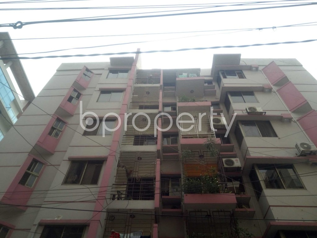 Outside view - 3 Bed Apartment to Rent in Baridhara, Dhaka - 1891144