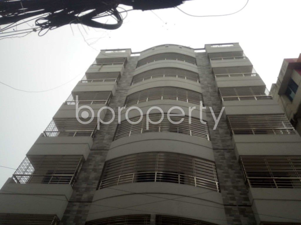 Outside view - 3 Bed Apartment to Rent in Baridhara, Dhaka - 1891159